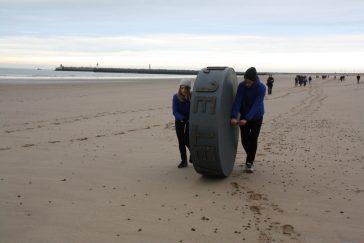 La roue a livré ses mots sur la plage